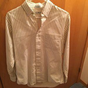 Men's size small L.L. Bean long sleeve shirt